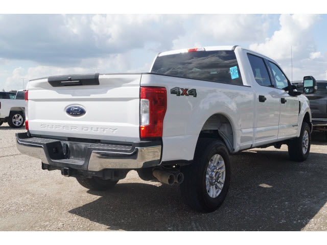 Pre-Owned 2018 Ford F-250 Super Duty Crew Cab 4WD SWB