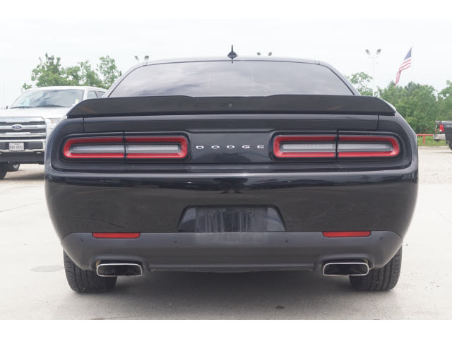 Certified Pre-Owned 2016 Dodge Challenger 2D Coupe