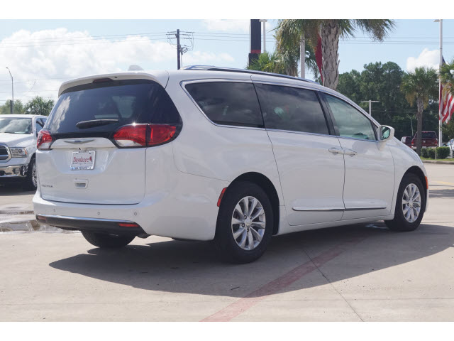 Certified Pre-Owned 2018 Chrysler Pacifica Wagon