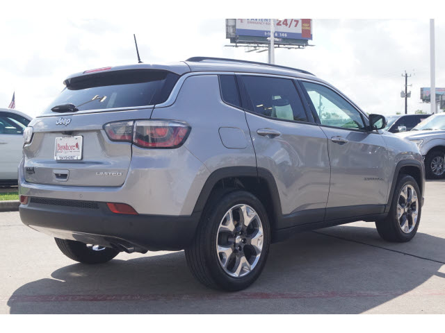 Pre-Owned 2018 Jeep Compass 4D SUV FWD