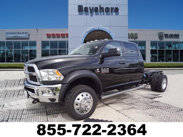 Dodge Ram 5500 >> New 2018 Ram 5500 Chassis Cab Tradesman 60ca Crew Cab In Baytown