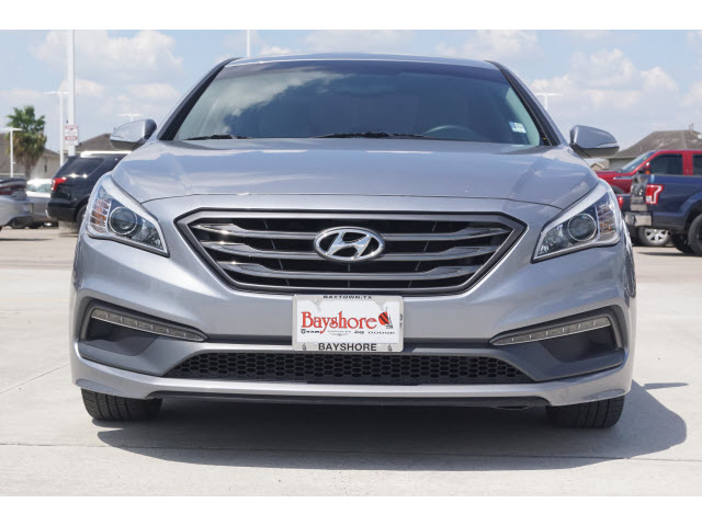 Pre-Owned 2017 Hyundai Sonata 4D Sedan 2.4