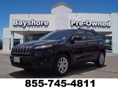 Pre-Owned 2015 Jeep Cherokee 4D SUV FWD
