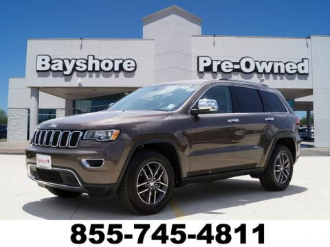 Pre-Owned 2018 Jeep Grand Cherokee 4D SUV RWD