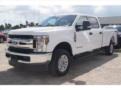 Pre-Owned 2018 Ford F-250 Super Duty Crew Cab 4WD LWB