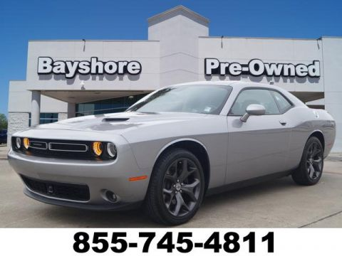 Pre-Owned 2018 Dodge Challenger 2D Coupe