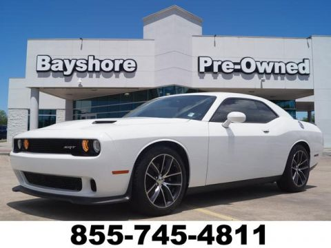 Pre-Owned 2016 Dodge Challenger 2D Coupe