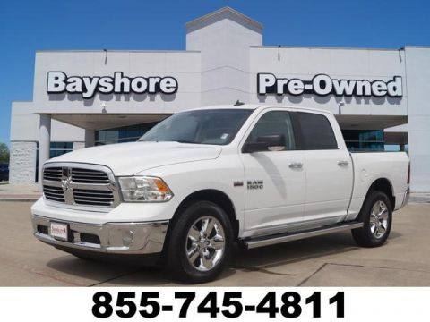 Pre-Owned 2017 RAM 1500 Crew Cab 4WD